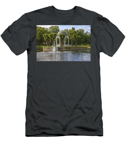 Kadriorg Park 2 Men's T-Shirt (Athletic Fit)