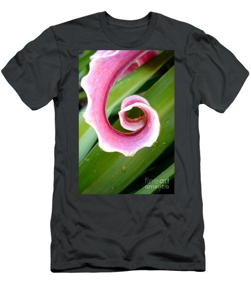 Lily Spiral Men's T-Shirt (Athletic Fit)