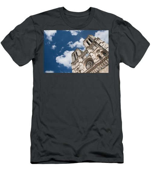 Notre Dame De Paris Men's T-Shirt (Athletic Fit)