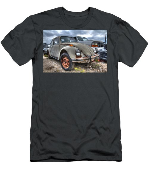 Old Vw Beetle Men's T-Shirt (Athletic Fit)