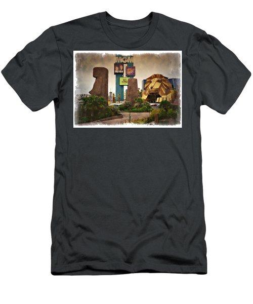 Original Mgm Grand Lion 1994 - Impressions Men's T-Shirt (Athletic Fit)