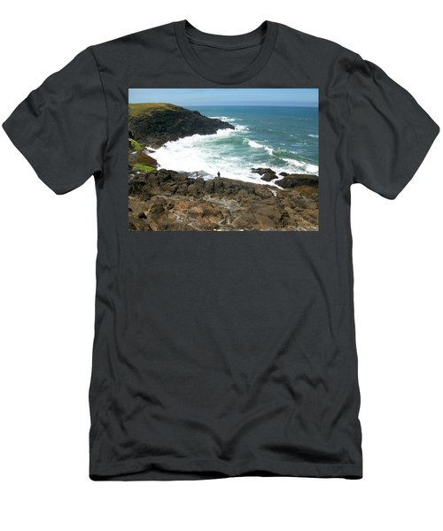 Rocky Ocean Coast Men's T-Shirt (Athletic Fit)