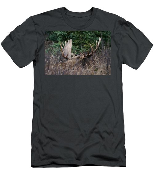 Men's T-Shirt (Slim Fit) featuring the photograph Splendor In The Grass by Doug Lloyd