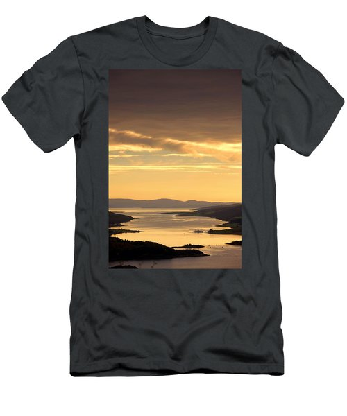 Sunset Over Water, Argyll And Bute Men's T-Shirt (Athletic Fit)