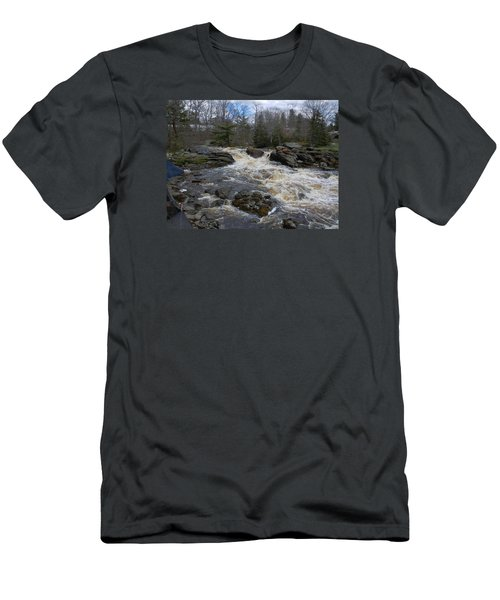 Surry Falls Men's T-Shirt (Athletic Fit)