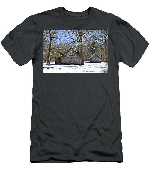 Vintage Buildings In The Winter Snow Men's T-Shirt (Athletic Fit)