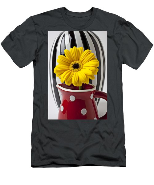 Yellow Mum In Pitcher  Men's T-Shirt (Athletic Fit)
