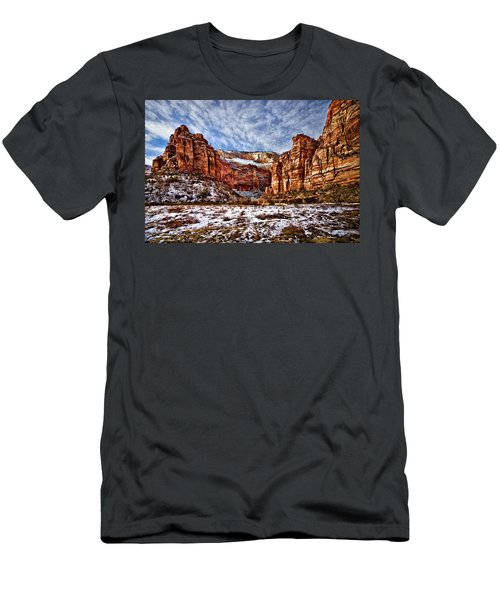 Zion Canyon In Utah Men's T-Shirt (Athletic Fit)