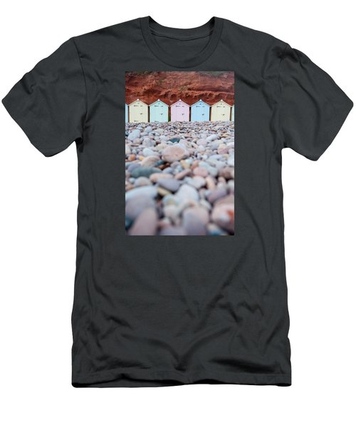 Beach Huts And Pebbles Men's T-Shirt (Athletic Fit)