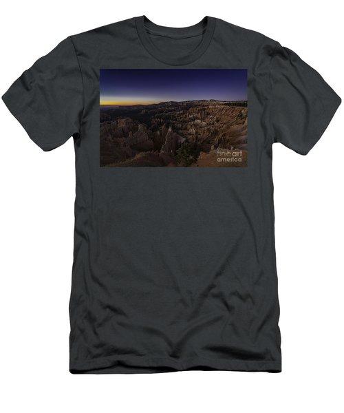 Bryce Amphitheater  Men's T-Shirt (Athletic Fit)