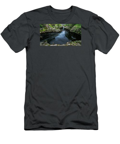 Glentrool Inky Pool New Galloway Men's T-Shirt (Athletic Fit)
