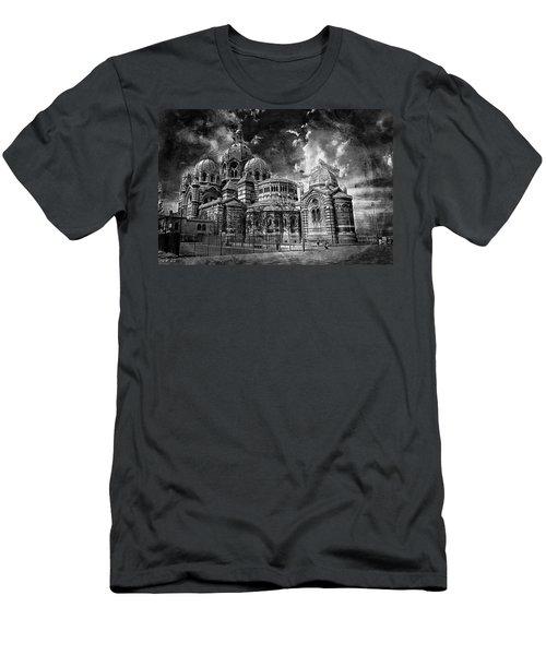 La Major 19 Men's T-Shirt (Athletic Fit)