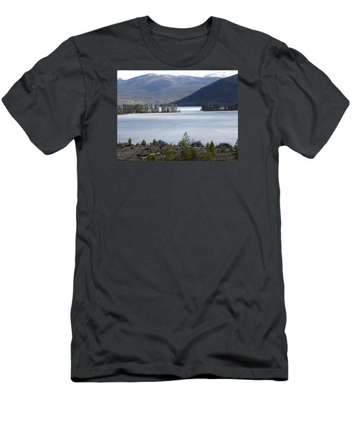 Men's T-Shirt (Athletic Fit) featuring the photograph Granby Lake Rmnp by Margarethe Binkley