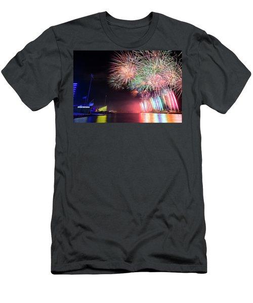 Boathouse Fireworks Men's T-Shirt (Slim Fit)
