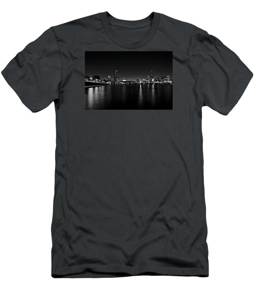 Chicago-skyline 2 Bw Men's T-Shirt (Athletic Fit)