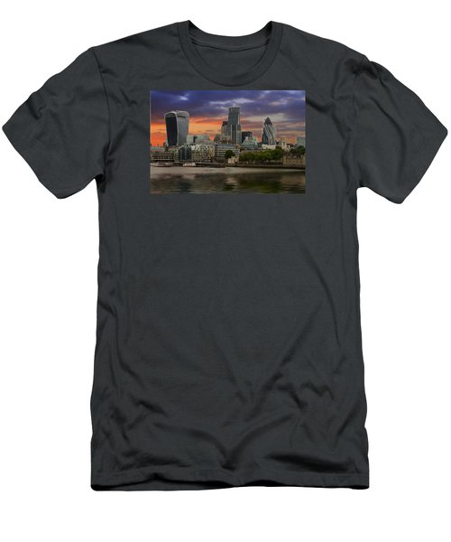 City Of London Men's T-Shirt (Slim Fit) by David French