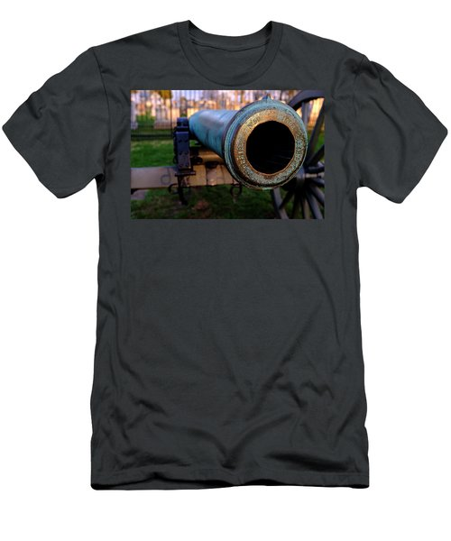 Civil War Cannon 1862 In Gettysburg Pa Men's T-Shirt (Athletic Fit)