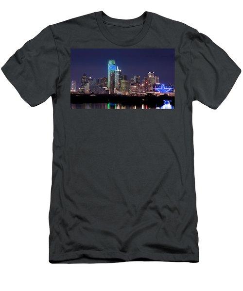Dallas Skyline Cowboys Men's T-Shirt (Athletic Fit)