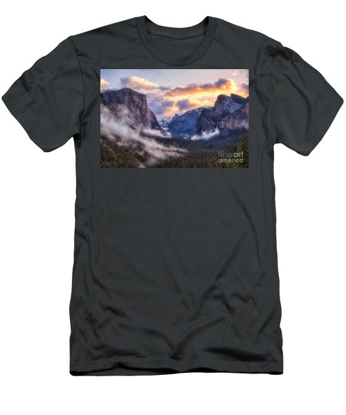 Daybreak Over Yosemite Men's T-Shirt (Athletic Fit)