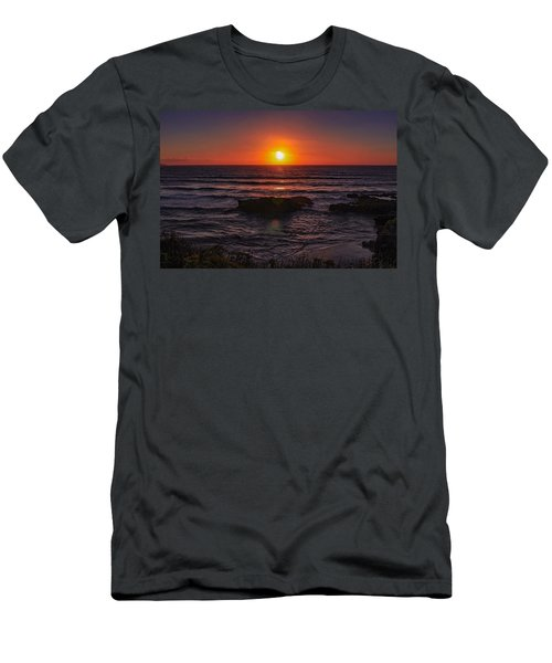 Gwithian Beach Sunset  Men's T-Shirt (Athletic Fit)
