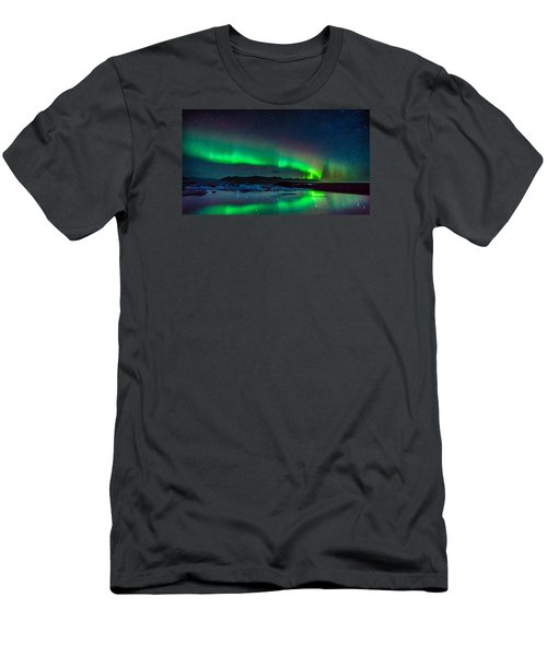 Jokulsarlon Aurora Men's T-Shirt (Athletic Fit)