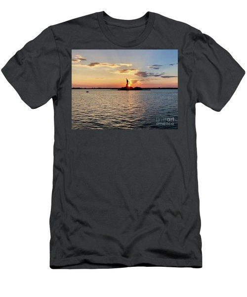 Lady Liberty Men's T-Shirt (Athletic Fit)