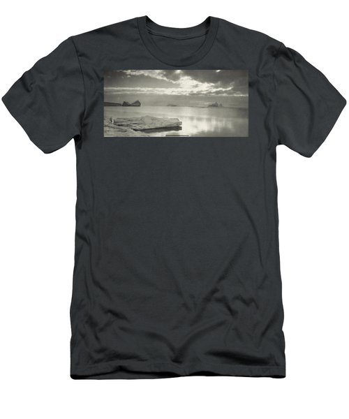 Midnight In The Antarctic Summer Men's T-Shirt (Athletic Fit)