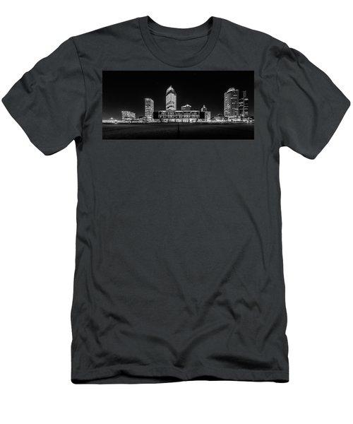 Men's T-Shirt (Slim Fit) featuring the photograph Milwaukee County War Memorial Center by Randy Scherkenbach