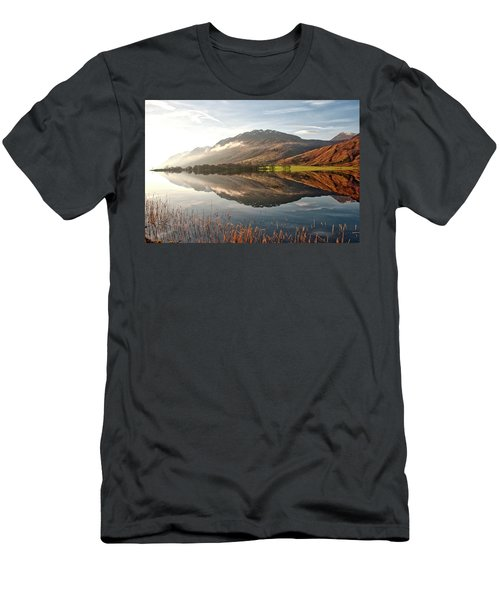 Scotland Nature Men's T-Shirt (Athletic Fit)