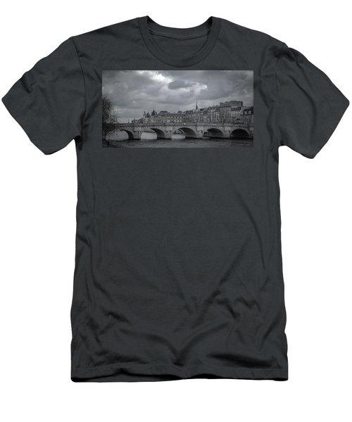 Pont Neuf Paris Men's T-Shirt (Athletic Fit)