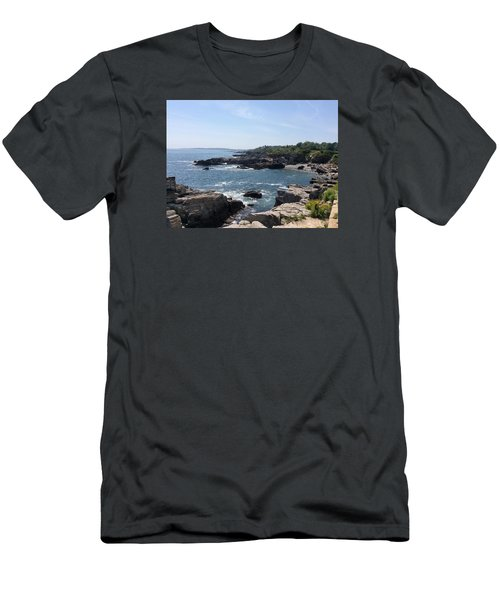 Sea Coast Maine... Men's T-Shirt (Athletic Fit)