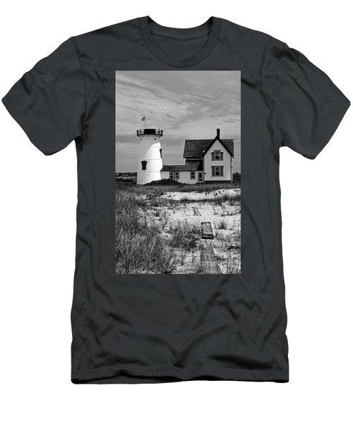 Stage Harbor Cape Cod Ma Men's T-Shirt (Athletic Fit)