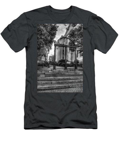 The Arch 5 University Of Georgia Arch Art Men's T-Shirt (Athletic Fit)
