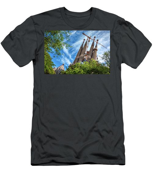 The Sagrada Familia Men's T-Shirt (Athletic Fit)