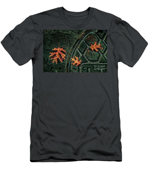 The Three Leaves Men's T-Shirt (Athletic Fit)