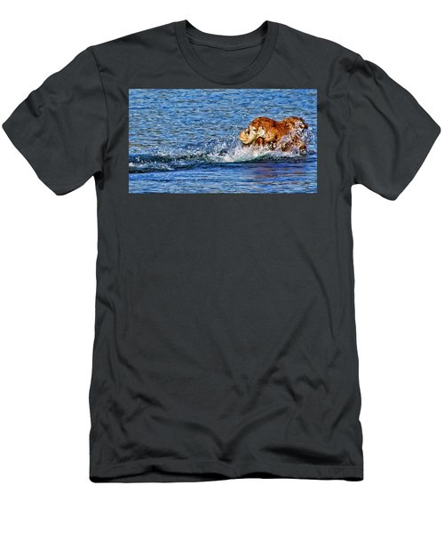 There She Goes Men's T-Shirt (Athletic Fit)
