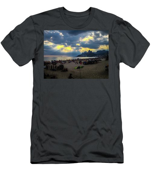 Ipanema Beach Men's T-Shirt (Athletic Fit)