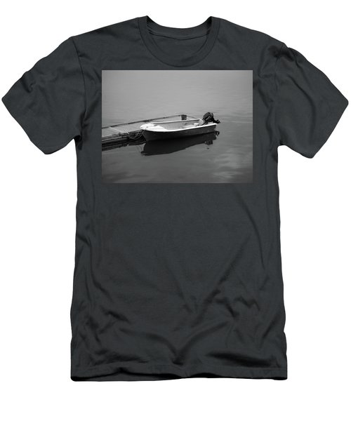 Down East Maine  Men's T-Shirt (Athletic Fit)