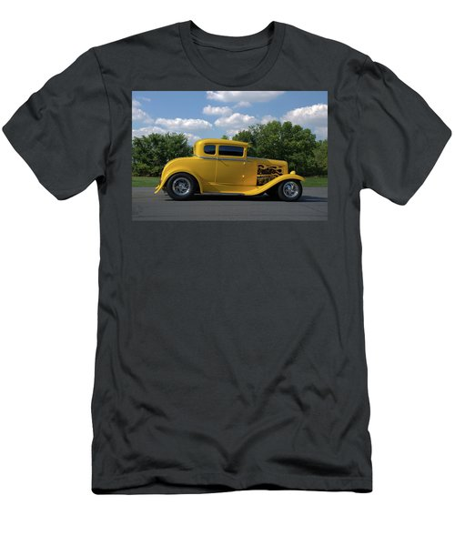 1931 Ford Coupe Hot Rod Men's T-Shirt (Athletic Fit)