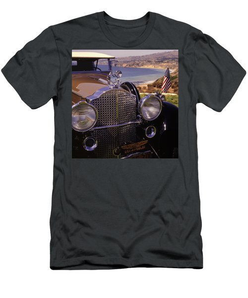 1932 Packard Phaeton Men's T-Shirt (Athletic Fit)