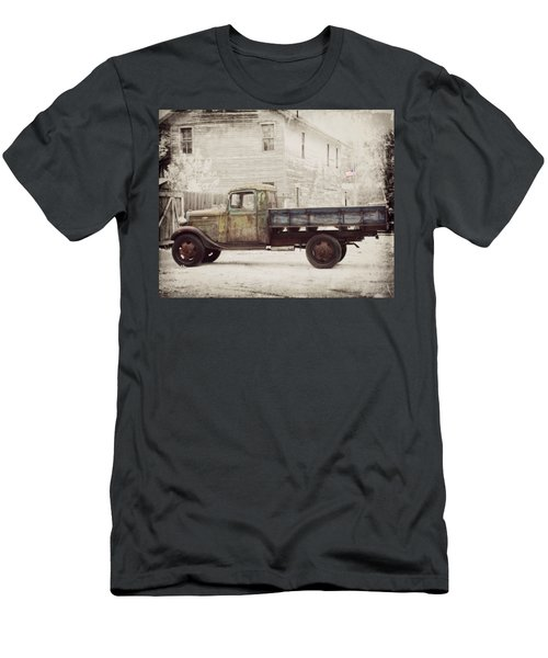 1936 Chevy High Cab -2 Men's T-Shirt (Athletic Fit)