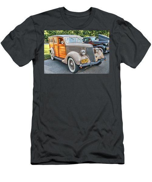 1936 Ford V8 Woody Station Wagon Men's T-Shirt (Athletic Fit)