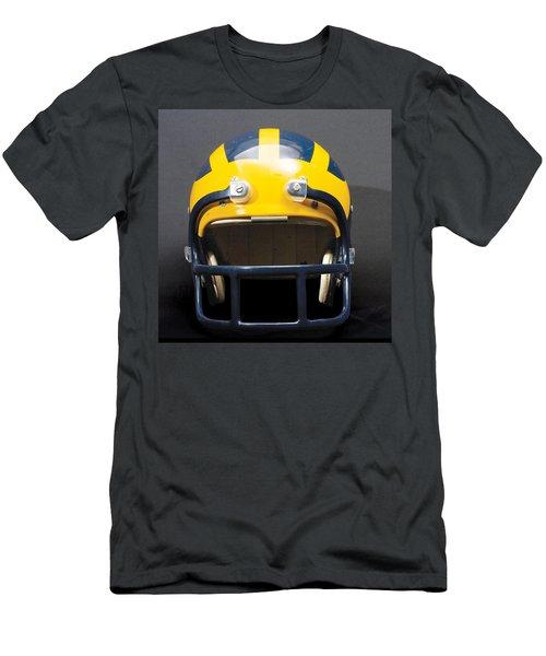 1970s Wolverine Helmet Men's T-Shirt (Athletic Fit)
