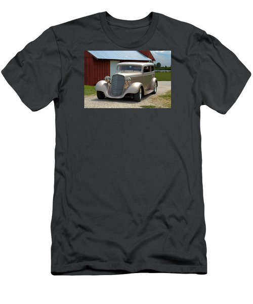 1934 Chevrolet Sedan Hot Rod Men's T-Shirt (Athletic Fit)