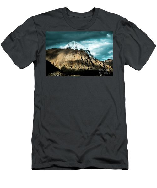 Holy Kailas East Slop Himalayas Tibet Yantra.lv Men's T-Shirt (Athletic Fit)