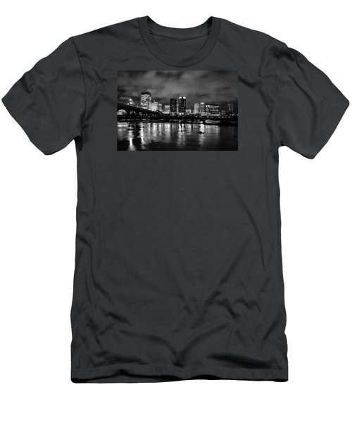 Richmond Skyline At Night Men's T-Shirt (Athletic Fit)