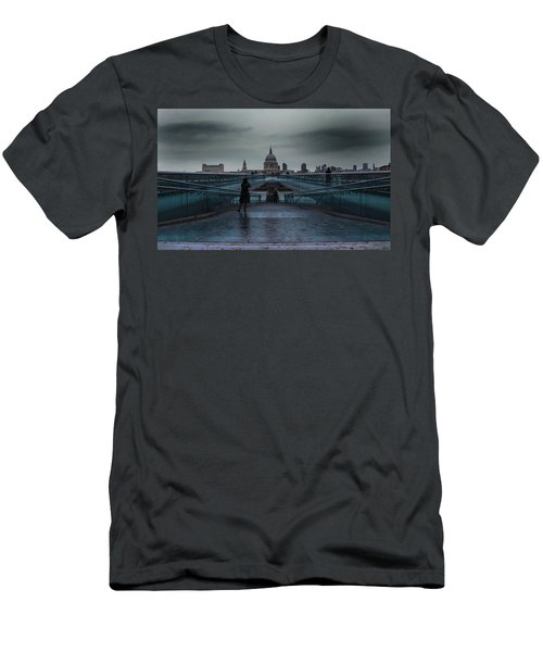 St Paul's Cathedral Men's T-Shirt (Athletic Fit)