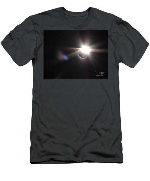 Total Eclipse 2017 Lens Flare Men's T-Shirt (Athletic Fit)