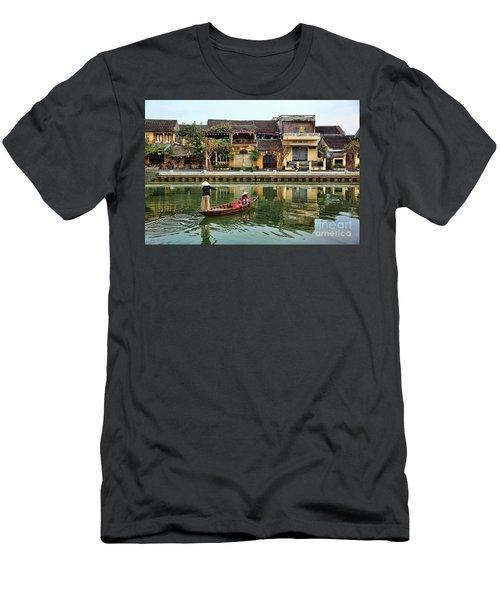 2 Women Boat Hoi An Vn Men's T-Shirt (Athletic Fit)