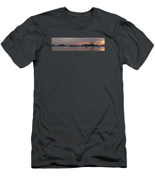 3 Boats Men's T-Shirt (Athletic Fit)